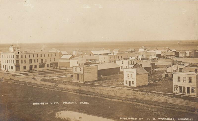 RP: FRANCIS , Saskatchewan , Canada , 00-10s ; Bird's Eye View