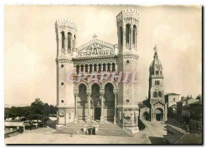 Postcard Modern Lyon Basilica of Our Lady of Fourviere and old chapel