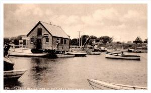 8994   MA  Wellfleet  the Oyster House