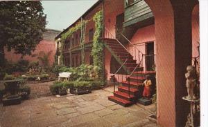 Louisiana New Orleans Maison Montegut Patio 729 Royal Street