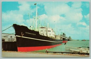 Brownsville Texas~Freighter Ship Tennessee~Seaport~Serving Two Nations~Postcard