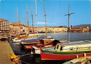 Italy Isola d'Elba Portoferraio The Wet dock, Das Dock, Darsena, Darse, boats