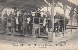 MONTOIR-De-BRETAGNE , France , 1910s ; Camp GUTHRIE ; The Wash-House