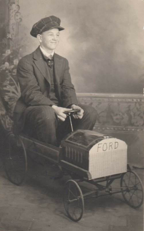 RP: Man in a FORD Pedal Car , 00-10s