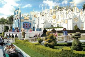 DISNEYLAND IT'S A SMALL WORLD FANTASYLAND POSTCARD