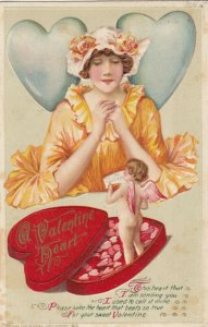John Winsch 1913 ; VALENTINE ; Woman & Box of candy