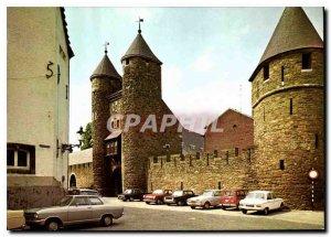 Postcard Modern Maastricht Helpoort
