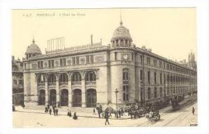 L´Hotel des Postes,HorseDrawn Carriages & Pedestrians In Front Of Hotel, Mar...