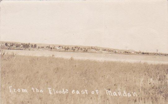 RP: Flood Scene , East of MANDAN , North Dakota , 00-10s