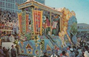 NEW ORLEANS, Louisiana, 1960 ; Mardi Gras Float