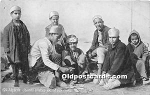 Algerie, Jeunes arabes jouant aux cartes Gambling Writing on back