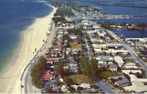 World Famous Clearwater Beach FL Florida Aerial View Clearwater Bay Postcard  E1