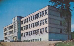 Hopital Ste Croix, Mont-Laurier, Quebec, Canada, PU-1989