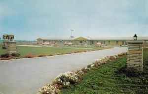 WOODBRIDGE, ONTARIO, Canada, CHER-ED-DALE Motel, 50-60s