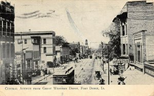 LP90 Fort Dodge  Iowa Postcard Central Ave from Great Western Depot trolley