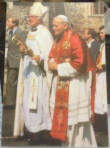 Postcard Religion Pope John Paul II and Archbishop Robert Runcie - unposted