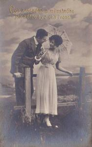 RP; Couple flirting out in a field, parasol, Cos keasneho a milostneho jak za...