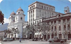 Medellin Columbia Iglesia La Candelaria y Edificio del Banco de Republica Med...