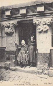 QUIMPER, Finistere, France, 1900-1910's; Vieille Maison , Rue du Gueodei