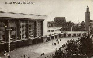 france, LE HAVRE, La Gare, Railway Station (1930s) RPPC Postcard