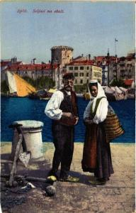 CPA Split Seljaci na obali CROATIA (597232)