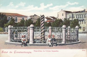 Salut de CONSTANTINOPLE , Turkey , 00-10s ; Hippodrome La Colonne Serpentine