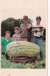 Arkansas Hope The Bright Family With 260 Pound Watermelon