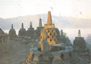 BF1559 sunrise at borobudur budhist temple java  Indonesia