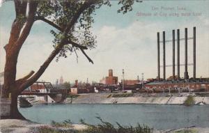 Iowa Des Moines City View Along Water Front 1913