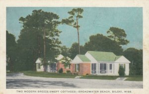 BILOXI, Mississippi, PU-1943; 2 Modern Breeze-Swept Cottages, Broadwater Beach