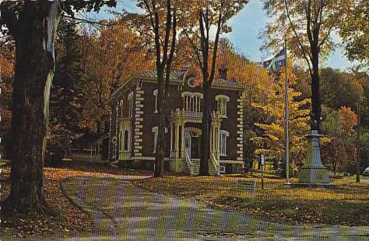 Laurier Museum, Home of Sir WIlfrid Laurier, Arthabaska, Quebec, Canada, PU-1984