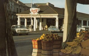 NEW ORLEANS, Louisiana, 40-60s; The Morning Call in the French Market