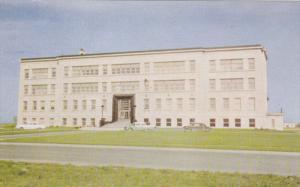 Ecole de Medecine Veterinaire , ST-HYACINTHE , Quebec , Canada , 50-60s