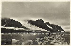 norway norge, SPITSBERGEN SVALBARD, Magdalena Bay, Glacier (1930s) RPPC Postcard