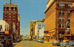 Wichita Falls Texas Eight Street Looking West Vintage Postcard K93677