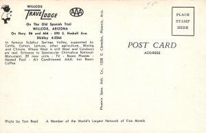 Willcox Arizona~Willcox Travel Lodge~Sleep Walking Bear~NICE 1950s Cars~Postcard