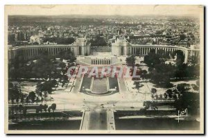 Old Postcard Paris while strolling the Palais de Chaillot