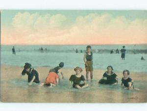 Pre-Linen KIDS PLAYING ALONG THE SHORELINE OF BEACH AB8331