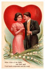 8773   Romace,  Couple  front of Giant Red heart , Love Poem
