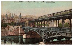 France Le Pont el la Passerelle du Metropolitian a Passy