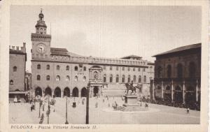 BOLOGNA, Emilia-Romagna, Italy, 1900-1910's; Piazza Vittorio Emanuele II