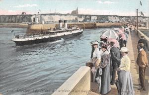 Dieppe France~Normandy~Victorian Crowd on Jetties~Arrival of Steamship~1908 PC