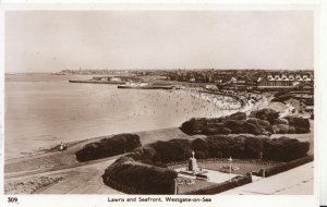 Kent Postcard - Lawns and Seafront - Westgate-on-Sea - Real Photo - Ref 6064A