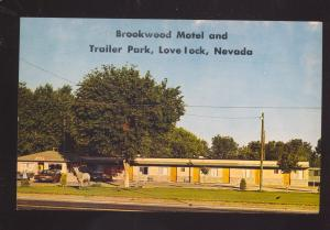 LOVELOCK NEVADA TRAILER PARK BROOKWOOD MOTEL OLD CARS ADVERTISING POSTCARD