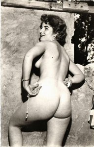 CPA femme. NUDE RISQUE real photo (500193)