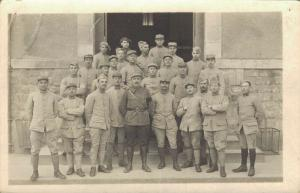 Military - World War 1 Army group RPPC 02.75