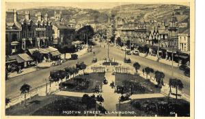 Wales  - Mostyn Street,Llandudno,North Wales posted 1943  #1221