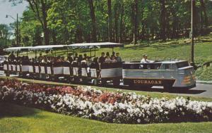 Miniature Train , Jardin Botanique , Montreal , Quebec , Canada , 50-60s