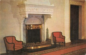 B110595 Russia The Great Livadia Palace Interior Fireplace Chairs