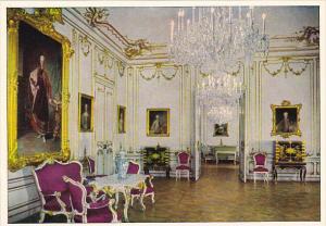 Schloss Schoenbrunn Chamber Of Marie Antoinette Wien Vienna Austria